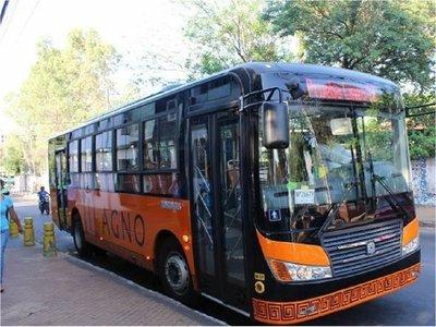 Ofrecen transporte público gratuito como medida de protesta