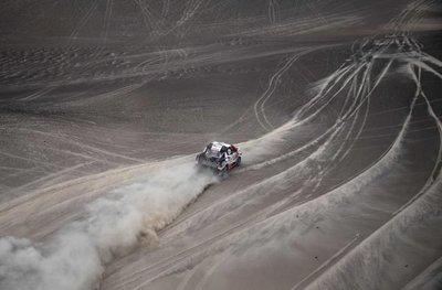Al-Attiyah se acerca a su tercer Dakar