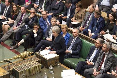 El Parlamento británico rechazó acuerdo del Brexit