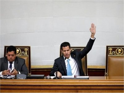 Parlamento de Venezuela declara usurpador a Maduro