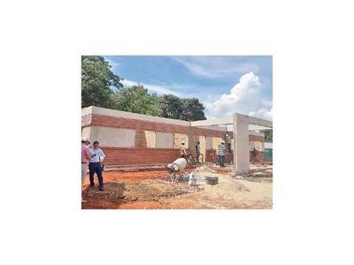 Avanza construcción de  USF en San Pedro