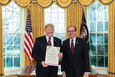 Trump felicita al gobierno paraguayo por decisión adoptada en caso Venezuela