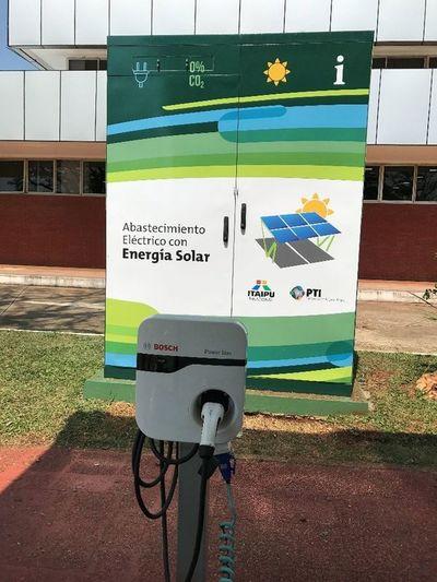 Ruta verde: presentarán prototipo de cargadores de autos eléctricos