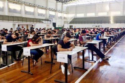 La deserción en universidades altamente exigentes es recurrente