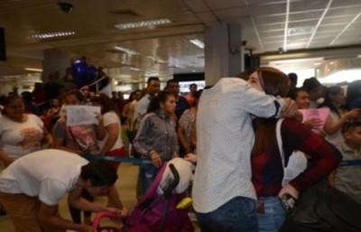 Crean mesa de emergencia para precautelar regreso de paraguayos de Venezuela
