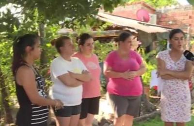 Vecinos denuncian abandono de menores en Limpio
