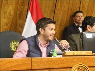 Rejala cuestiona a Mario Abdo por noapartara Alderete