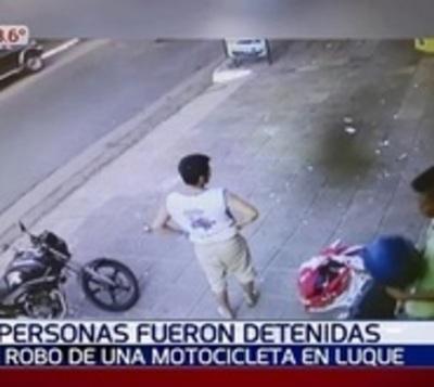 Tres detenidos tras robo de motocicleta en Luque