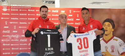 Arquero y goleador paraguayos en Huracán