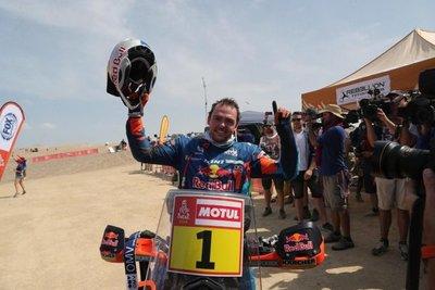 Price gana su segundo Dakar en moto
