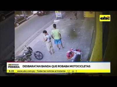 Desbaratan banda que robaba motocicletas