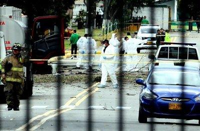 Ya son nueve los muertos por coche bomba en Bogotá