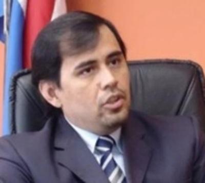 Juez Ayala Brun habla de renuncia, tras ser suspendido por la Corte
