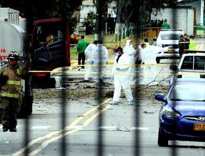 Mortal ataque con coche bomba a policía de Bogotá