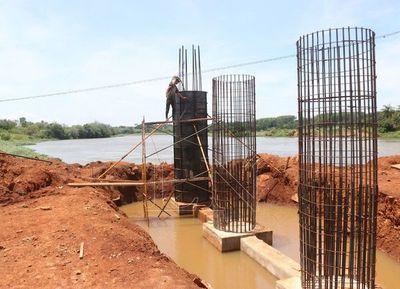 Puente Minga-Hernandarias se prevé que termine en octubre