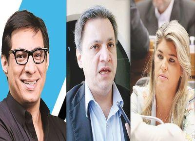 Figuras mediáticas critican al asesor político de Mario Abdo