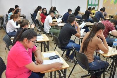 Casi 8.000 jóvenes se inscribieron para postularse a las becas Itaipú