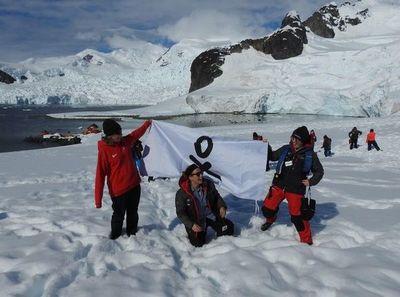Tras superar olas de 12 metros, científicas terminan aventura en la Antártida