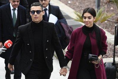 Ronaldo condenado a 24 meses de prisión sustituida por multa