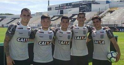 Cinco paraguayos en Ponte Preta