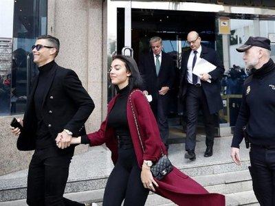 La condena a Cristiano pone en peligro sus condecoraciones en Portugal