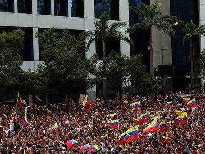 Senador del FG defiende a Maduro como presidente de Venezuela