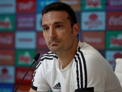 Scaloni dice que no está en condiciones de afirmar que Argentina es favorita