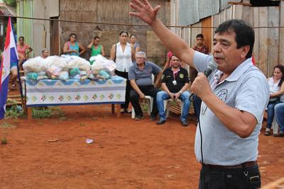 Intendente ratifica construcción de viviendas a pobladores humildes