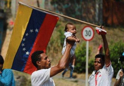 Desalojan en Colombia a inmigrantes venezolanos