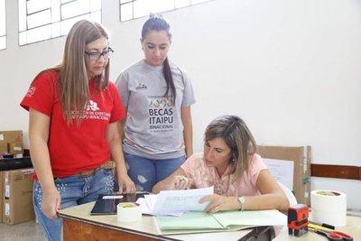 Más de 5000 jóvenes pujarán por Becas Itaipú