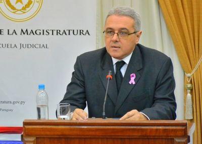 Perú pide informes al MEC