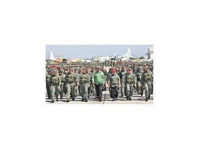 Chavistas juran defender con uñas y  dientes la revolución ante EEUU