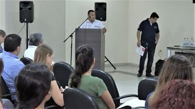 Ministerio de Trabajo brinda asistencia a empleadores de Neuland