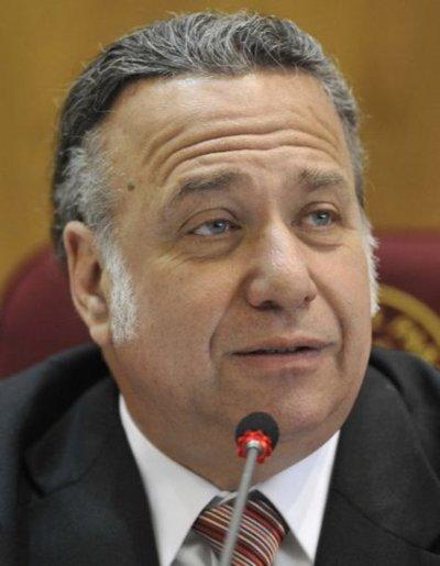 Juez ratifica embargo de bienes de González Daher