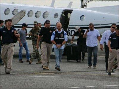 En operativo encubierto, la Senad entregó a Farhat USD 250.000