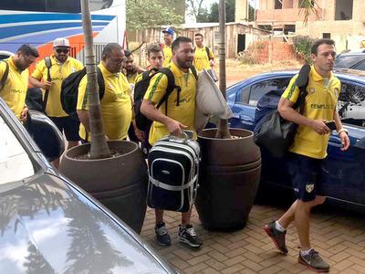 Selección brasileña ya se encuentra en CDE para el duelo de esta noche