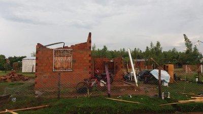 Temporal causa destrozos en Mbocayaty