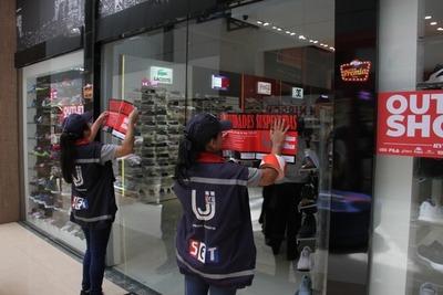 Tributación cierra locales comerciales en Ciudad del Este por no expedir facturas