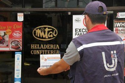 Tributación reconoce a comercios por cumplimiento impositivo