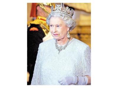 Reina Isabel II cumple 67 años de reinado