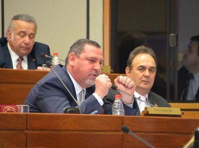 Senadores aprueban por unanimidad desafuero de Zacarías Irún