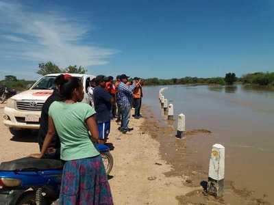 Aguas del río Pilcomayo en descenso en Pozo Hondo