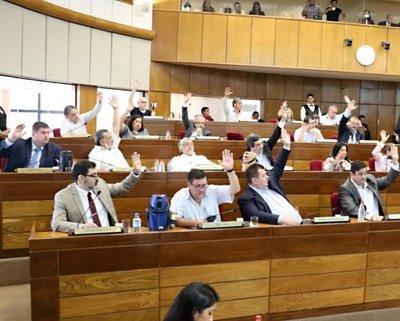 Rechazan desafuero de senadores Bogado y Masi