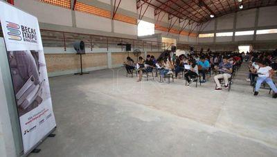 """Becas Itaipú: Matemática y Castellano, el primer """"colador"""""""