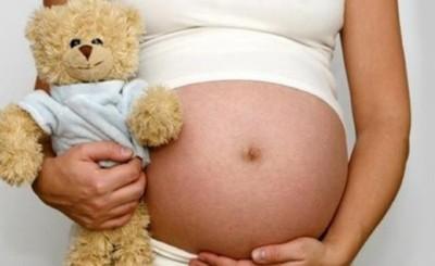 Niña de 11 años abusada por su padre dio a luz