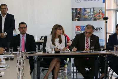 Aprueban la ratificación de los convenios Seguridad Social y Empleo a Tiempo Parcial
