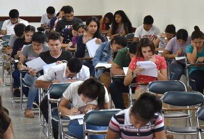 Becas de Itaipú: 1.968 jóvenes pasaron las pruebas básicas