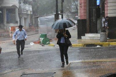 Día de lluvias y tormentas