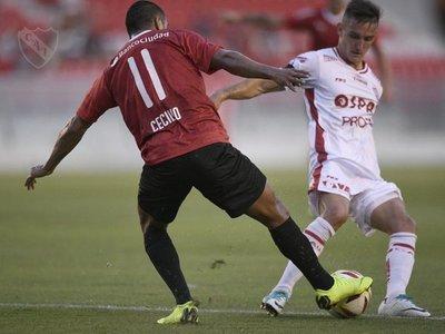 Debut con triunfo de Cecilio en Independiente