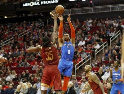 Westbrook iguala a Chamberlain